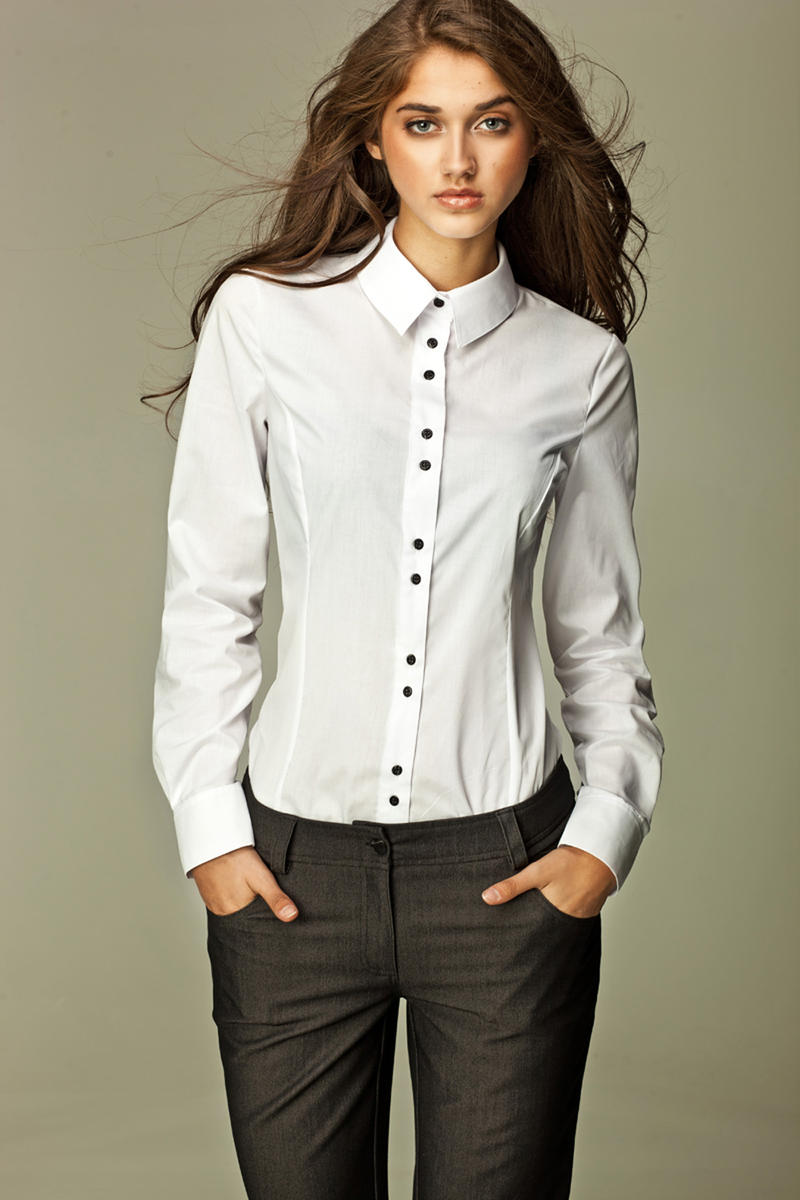 Seam Collared White Shirt with Paired-Button Details