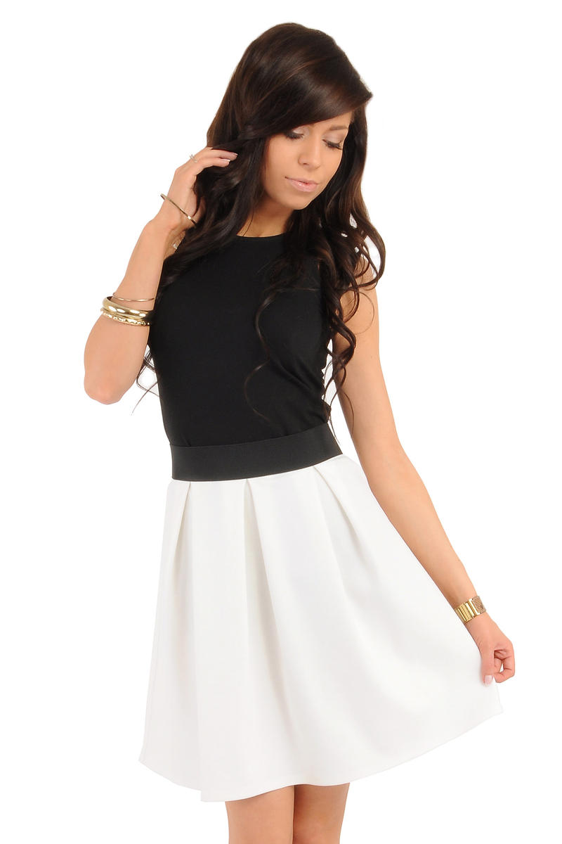 Image For Deep Pleat Short Ecru Skirt