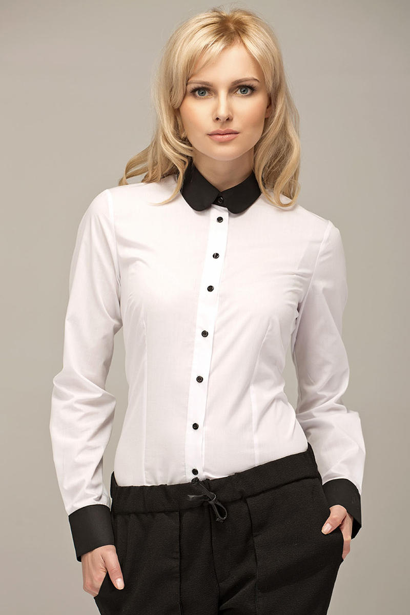 White Vintage Blouse With Black Round Collar And Cuffs
