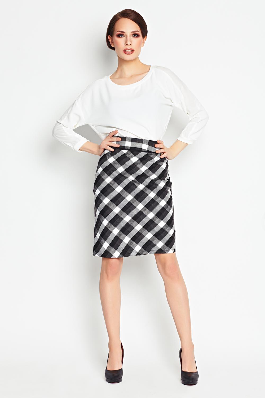 black checkered pencil skirt